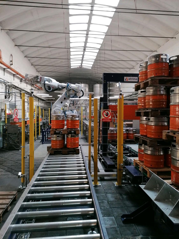 pivovar-konrad-15-l-soudky-robot